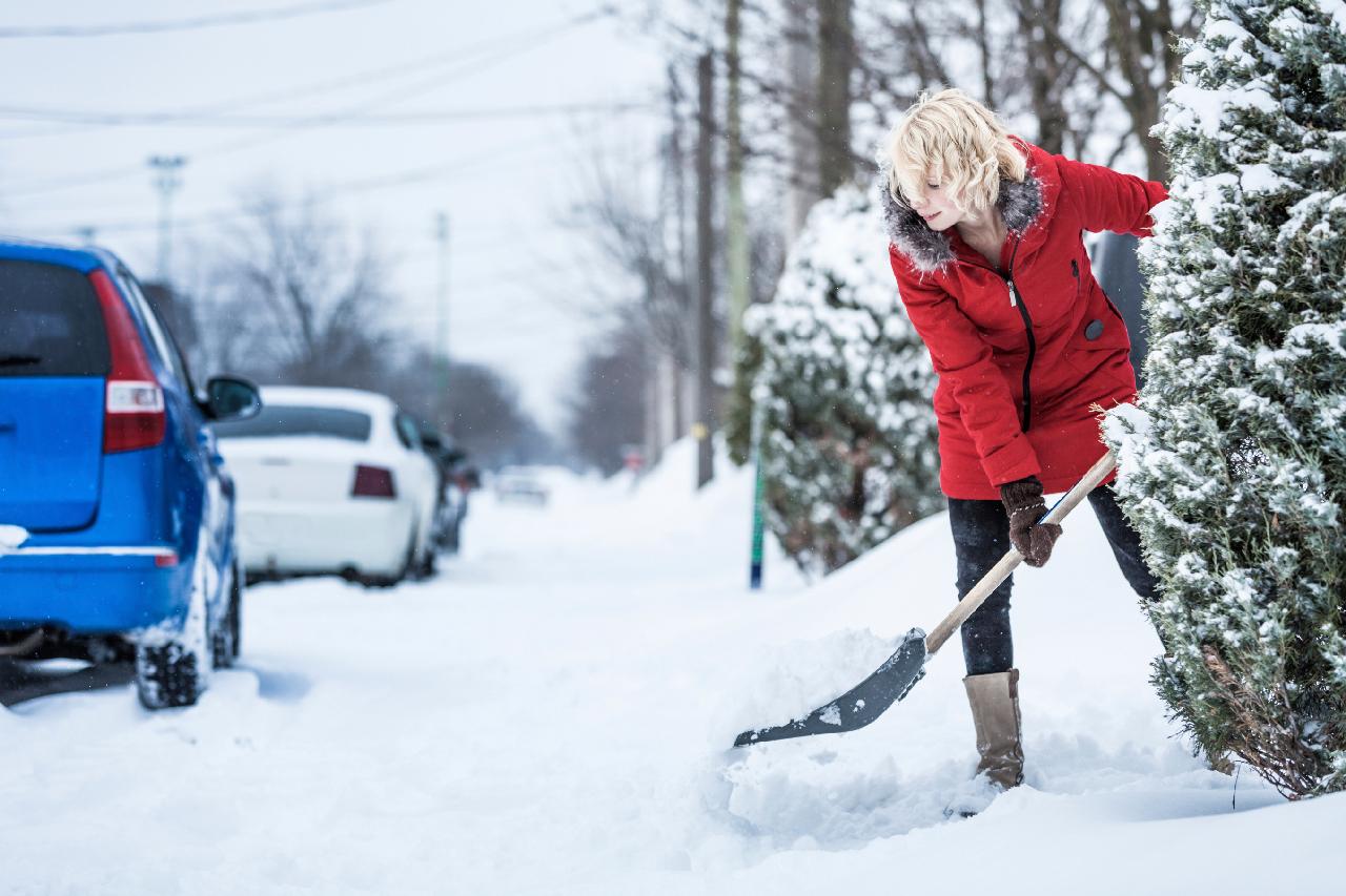 Weisenburger Bau Schnee